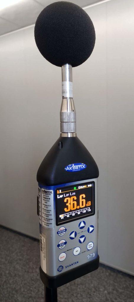 Laboratorium - pomiary akustyczne